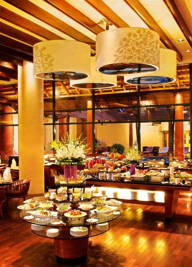 diadiemanuong-com-6-nha-hang-thuong-thuc-buffet-sieu-sang-o-sai-gon2cfd76e4635709254649312172